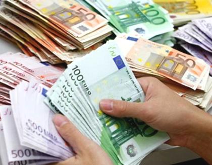 В скором времени бизнесу придётся продавать 50% валютной выручки